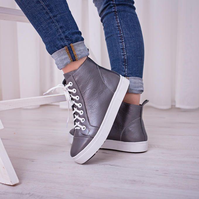 Женские кожаные кроссовки | Кожаные кроссовки, Кроссовки ...
