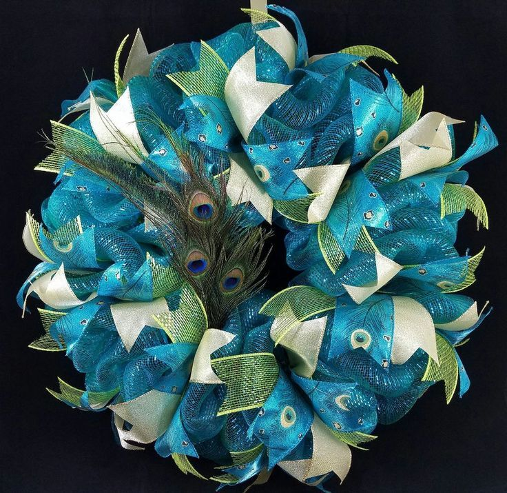 Deco Mesh Poof Wreath Tutorial #decomeshwreaths