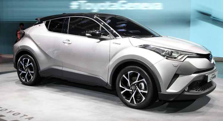 New Toyota C Hr Gets 1 2l Turbo 2 0l And 1 8l Hybrid Powertrains New Pics Carscoops Toyota C Hr Subcompact Suv Toyota Cars