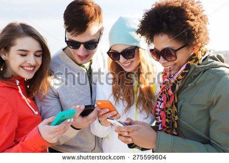 Smartphone Group Arkivfotografier | Shutterstock
