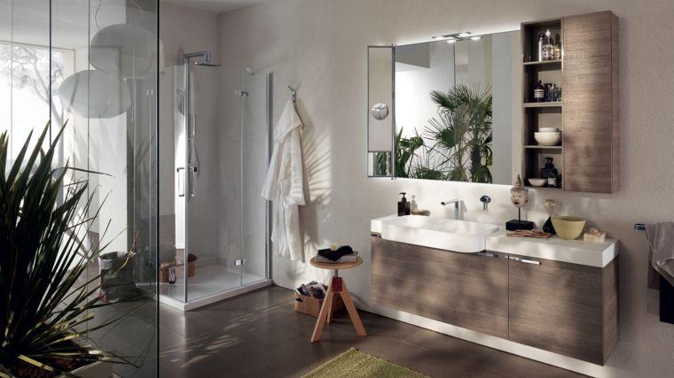 Schockierende Bilder Von Modernen Badern In Dieser Saison 浴室场景