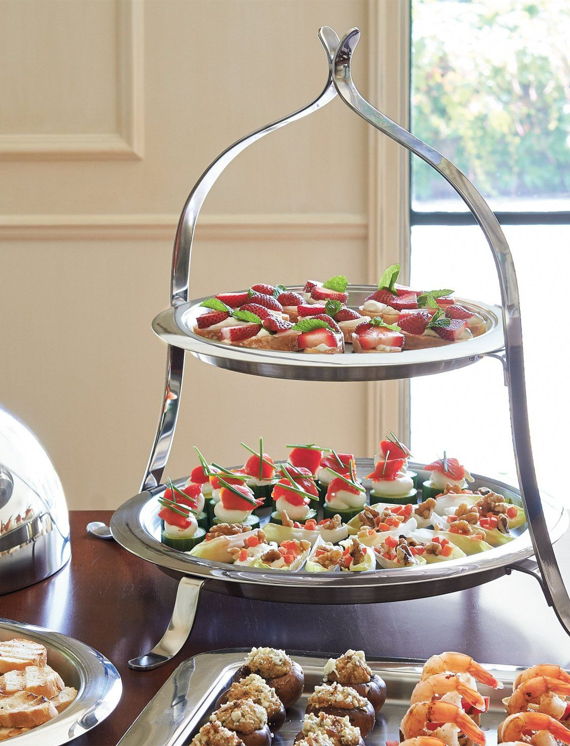 Hot Cold Serving Collection Three Tier Dessert Stand Round Tray