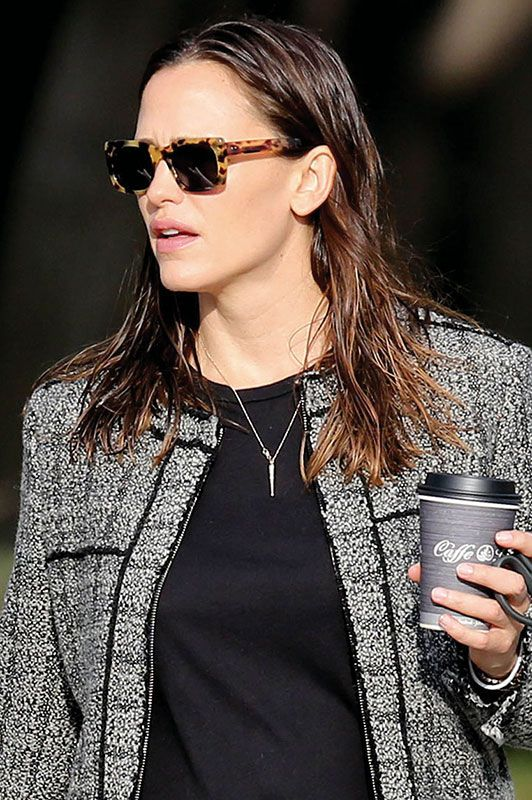 d8acd817a1 Jennifer Garner Wearing Turtle Shell Wayfarers in LA - All pictures are  copyrighted by © Atlantic Images contact us through our website for  licensing.