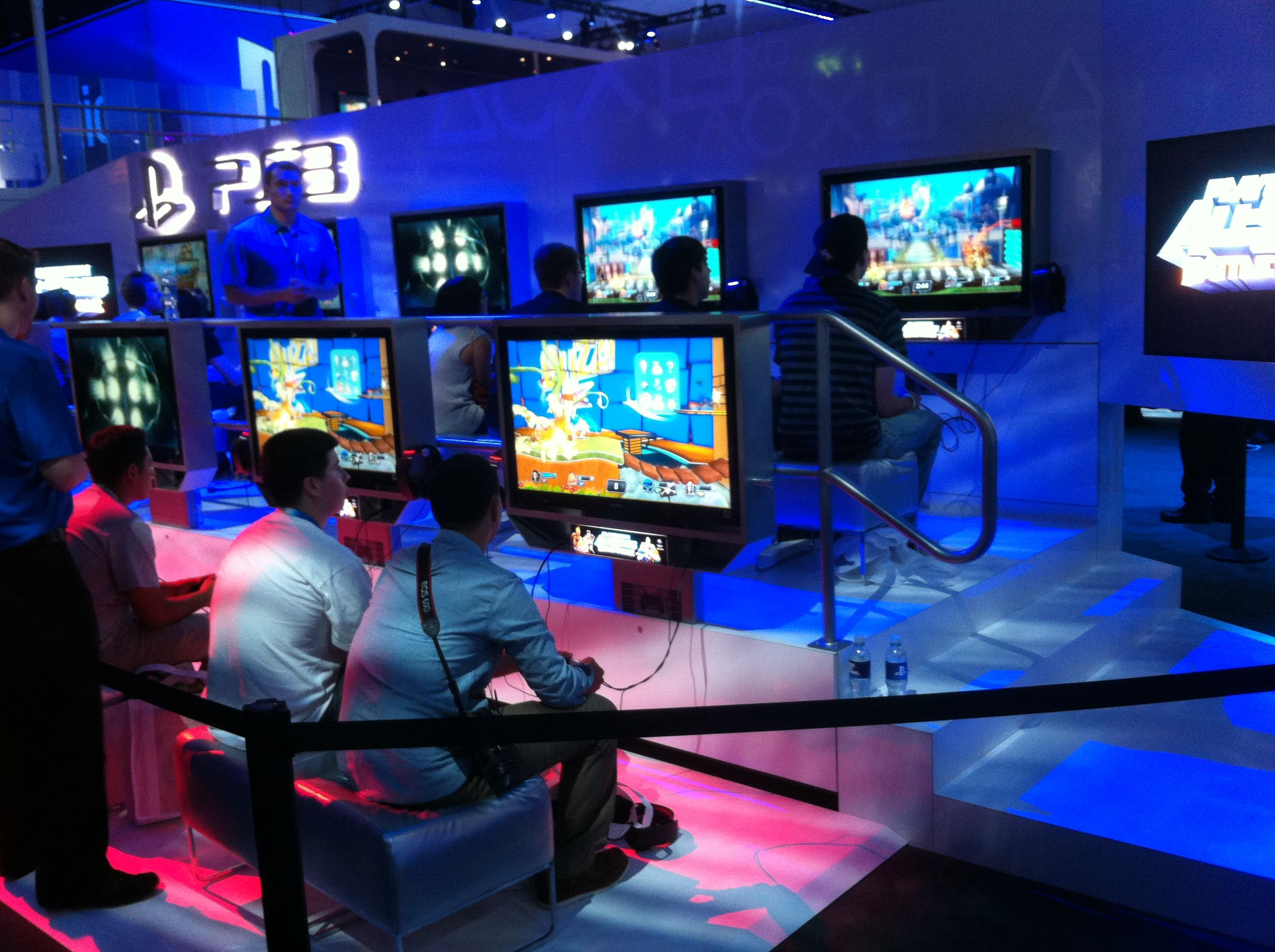 What Players Look for in a LAN Gaming Center | Smartlaunch ...