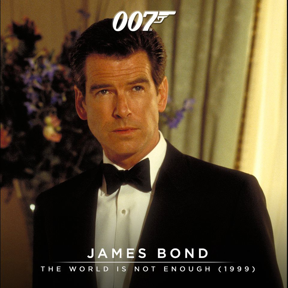 Pin By Mt Randolph On 007 007 James Bond Bond Movies Pierce