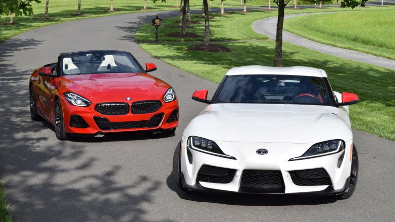 2020 Toyota Supra Vs 2020 Bmw Z4 Comparison Test Performance Photos Impressions Compared Bmw Z4 Bmw Bmw Sports Car