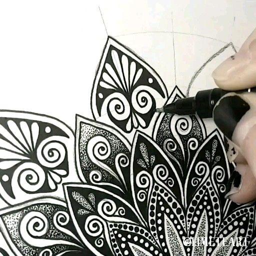 Mandala Pattern – Zentangle Animals