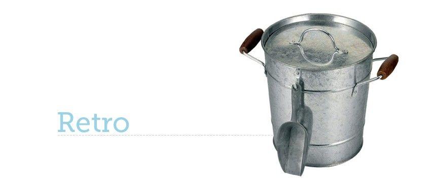Cubitera Retro de zinc con pala para servir el hielo. Organiza divertidos after work en casa. #afterWork #cubitera #retro #hielo #ice #bucket #cubitos