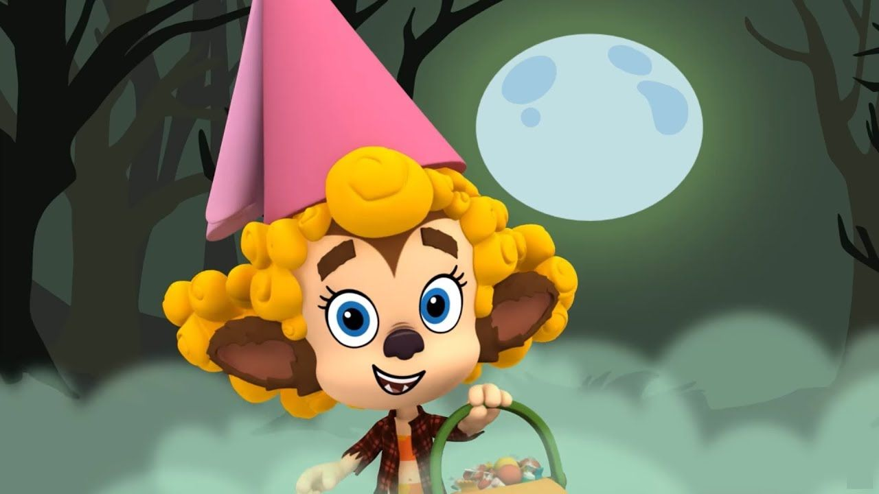 Deema is dressed as a princess werewolf. | Happy halloween ...  |Bubble Guppies Nonny Happy