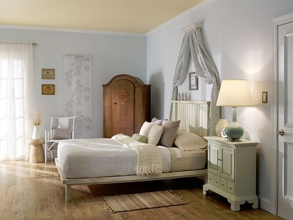 Nice Ideas For Decorating Country Style Bedrooms