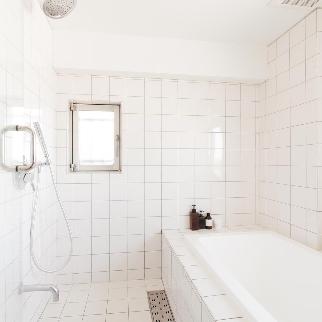 絶対叶えたかった ホテルみたいな タイル貼りのbathroom 朝の入浴は至福の時間 Renovation リノベーション 暮らし Bath Bathroom バスルーム 浴室 タイル ホテル Ecodeco 2020 バスルーム タイル 貼り タイル