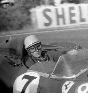 1957 Le Mans 24 Hours : Luigi Musso rounds Mulsanne corner in the Ferrari 335 Sport which he shared with Mike Hawthorn. (ph: © Klemantaski)
