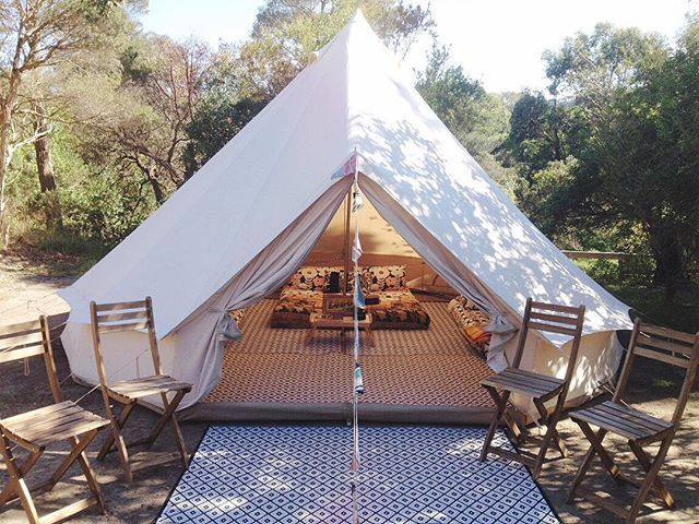 A family will be checking into this newly pitched bell tent today. A bar fridge : tent fridge - memphite.com