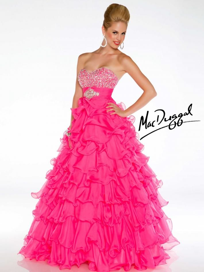 Pin de Haley Bittaker en Dresses | Pinterest | Vestidos de fiesta ...