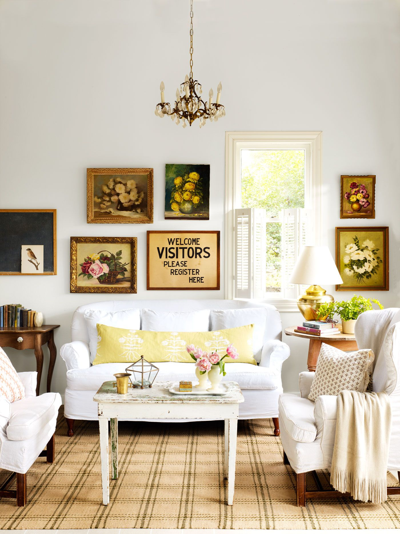 Wall Decor Stores 10 Ways To Create Downhome Charm On A Dime  Gallery Wall Thrift