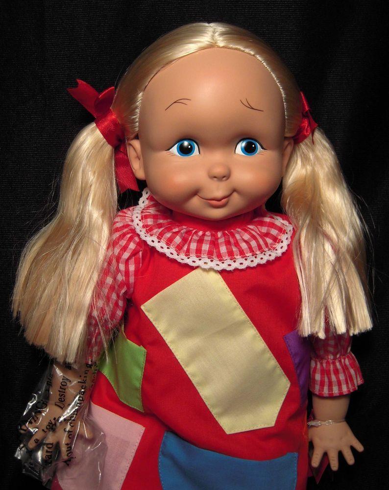Ashton Drake Kitty Karry All 2002 Remake Of Brady Bunch Episode Cindy S Doll Dolls Kitty Novelty Christmas