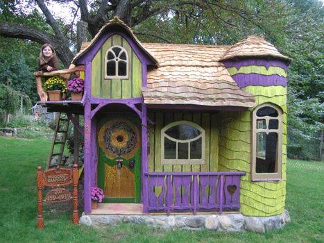 Outdoors Fun Playhouse For Kids