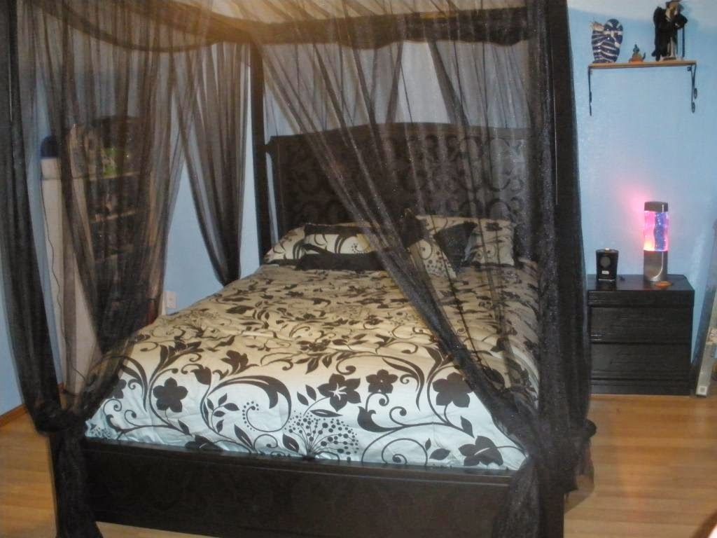 Interesting Sheer Bed Canopy Curtain Design Ideas For Bedroom Canopy Bed Frame Canopy Bed Curtains Black Canopy Beds