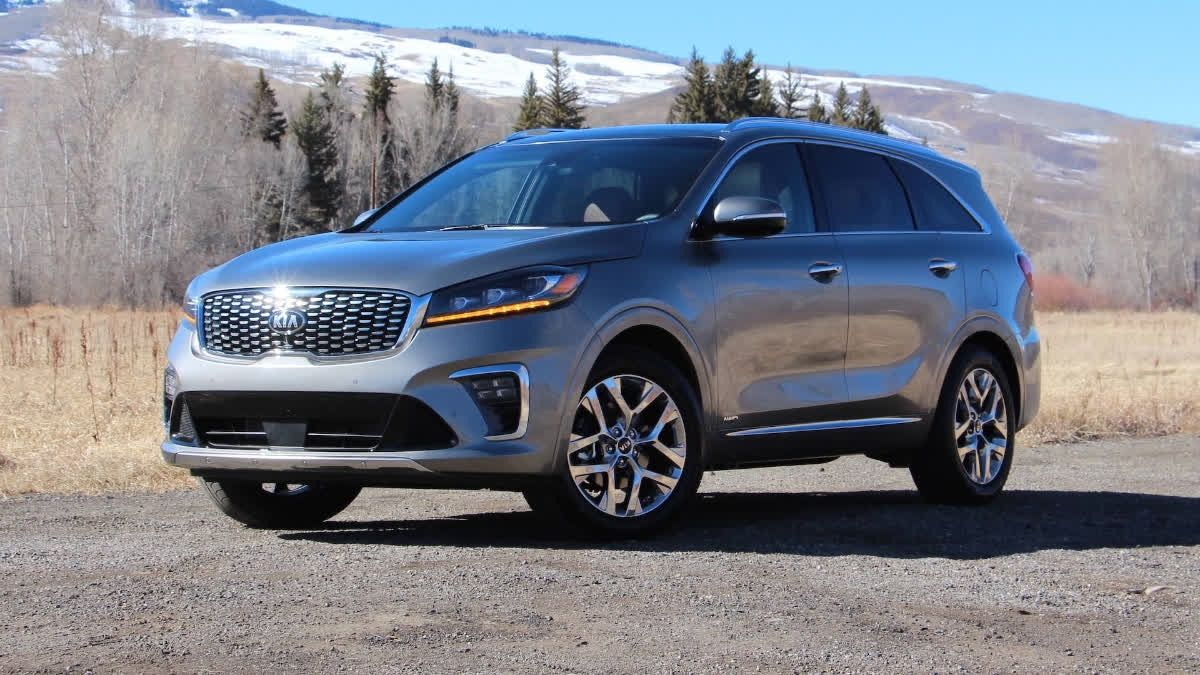 The new Kia Sorento projects a handsome strong design