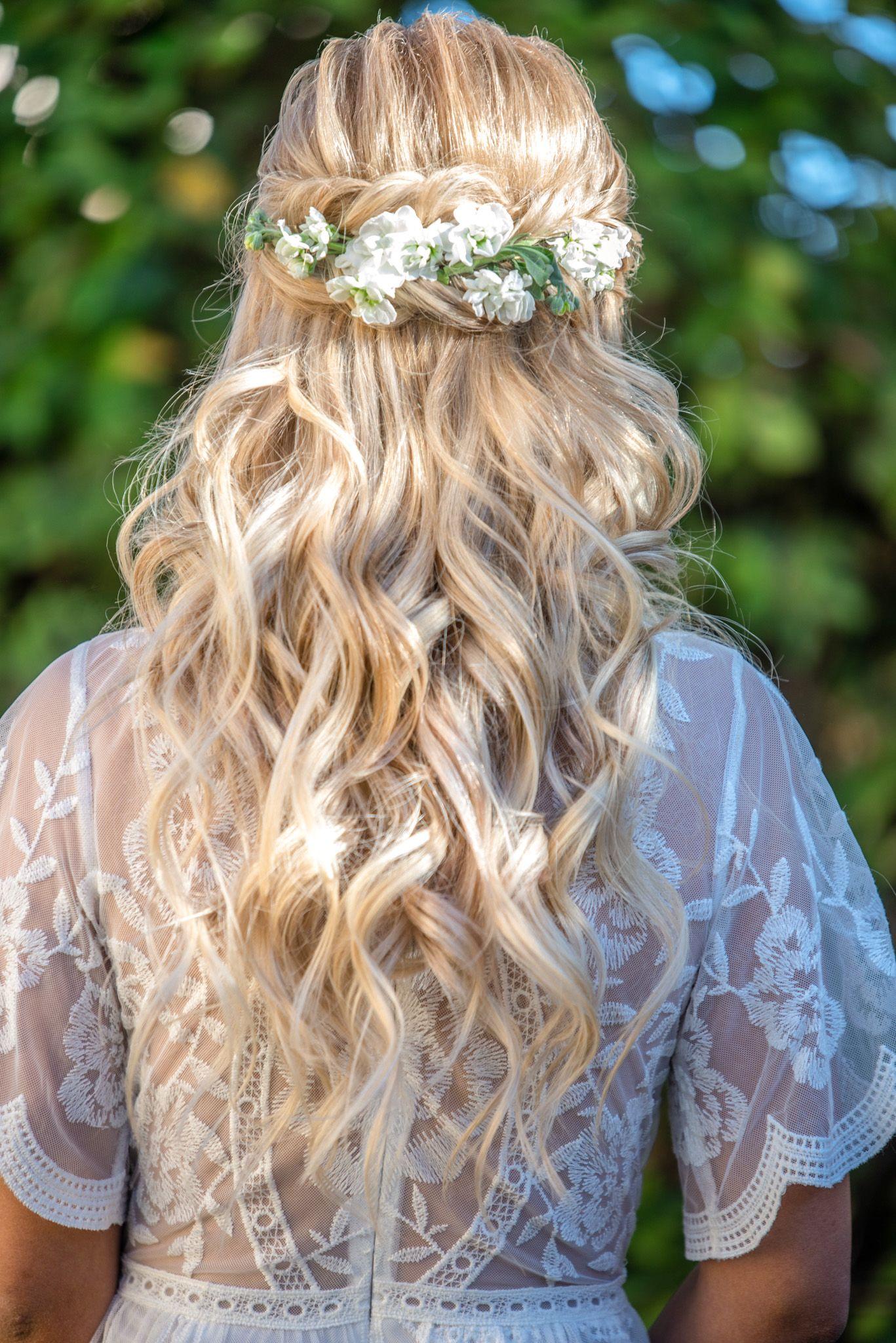 Flower queen in 2020 las vegas wedding hair vegas