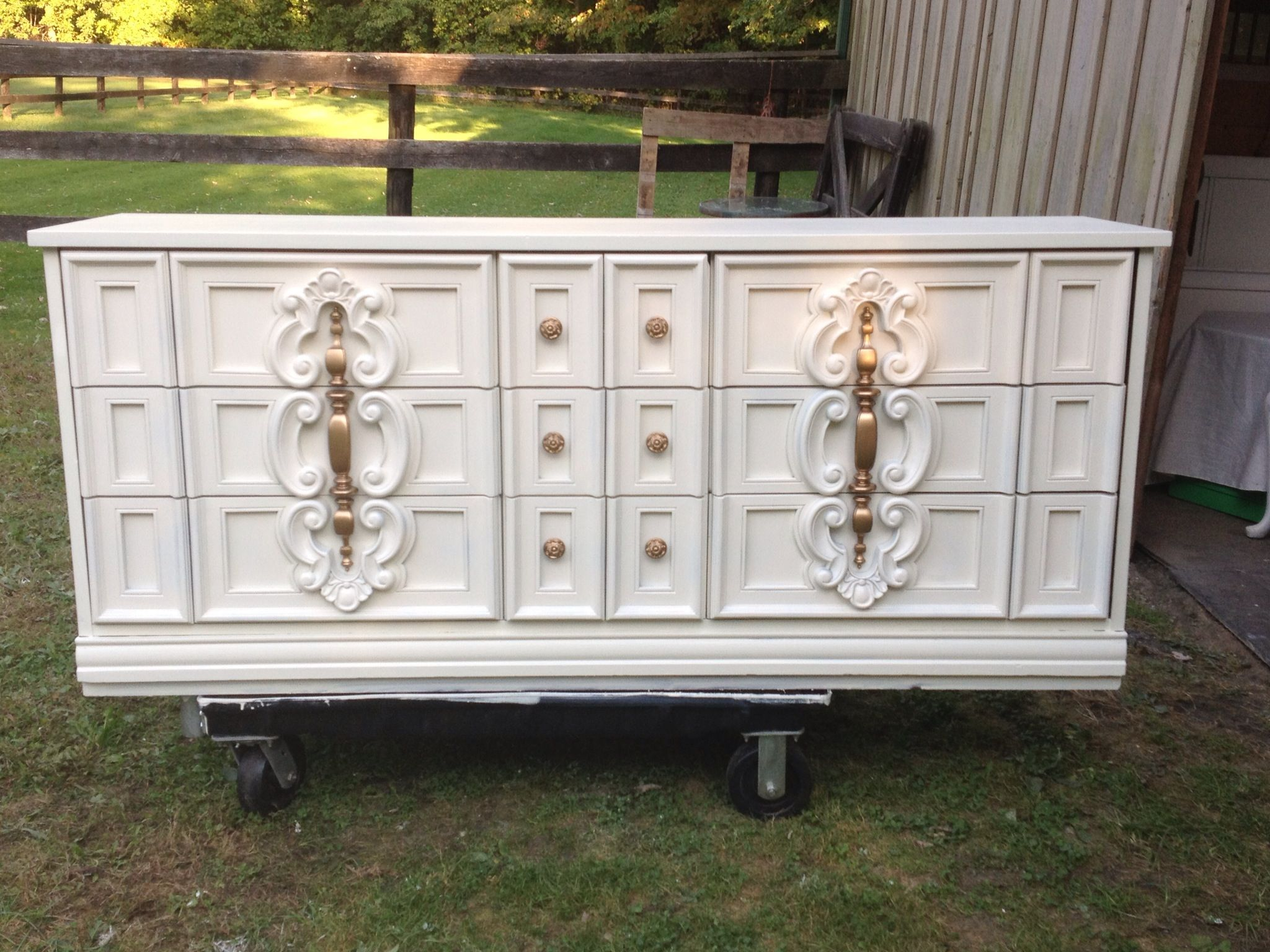70 39 s dresser updated heirloom white paint by behr and gold hardware beautiful furniture bedroom. Black Bedroom Furniture Sets. Home Design Ideas