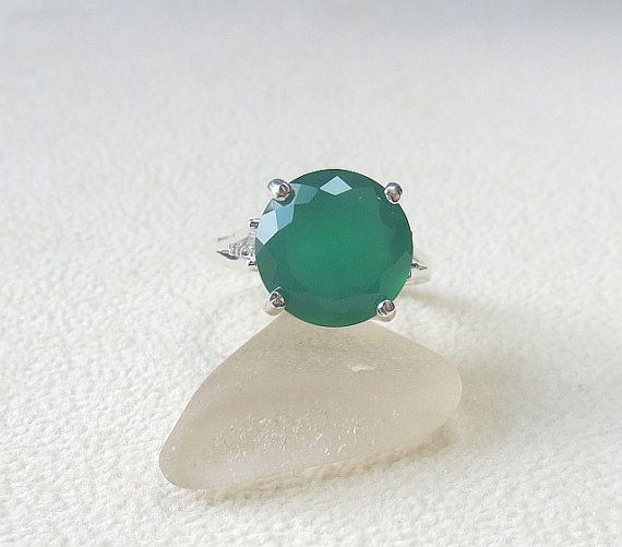 R262 Green Onyx Genuine Natural Faceted Round Ring set in Sterling Silver Big and Beautiful!