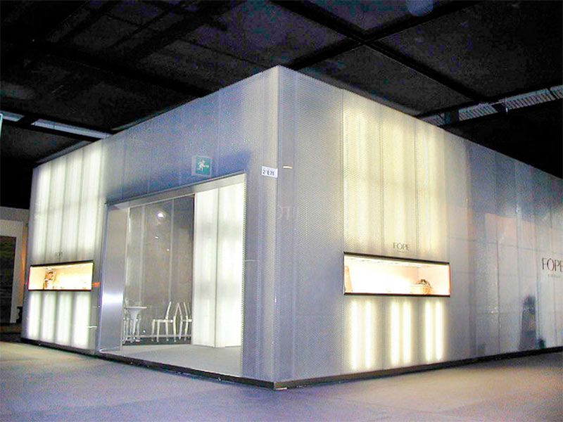 Decoraci n exterior de fachadas con materiales pl sticos - Materiales para fachadas exteriores ...