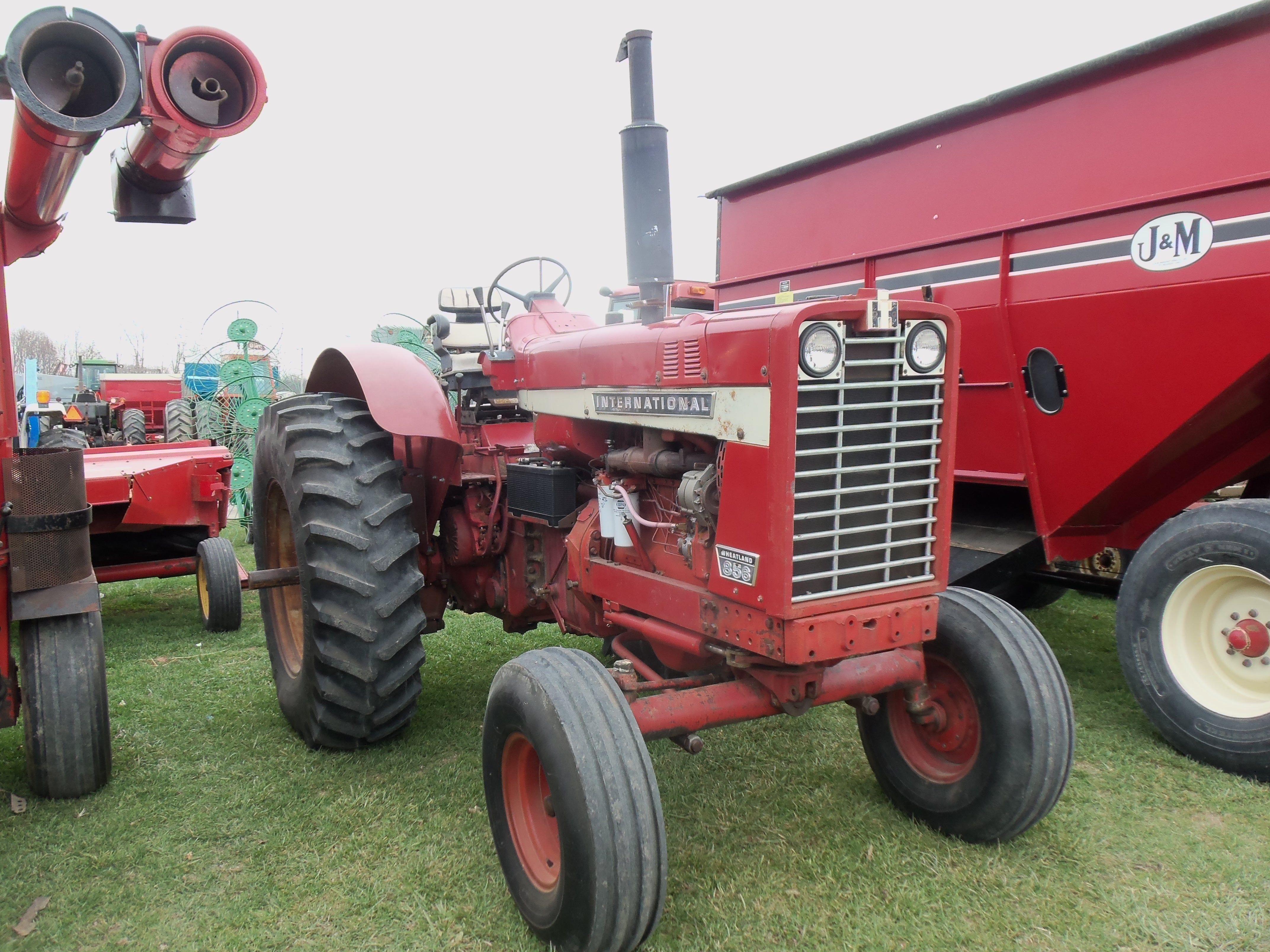 Ih 856 Tractor : International harvester wheatland tractor