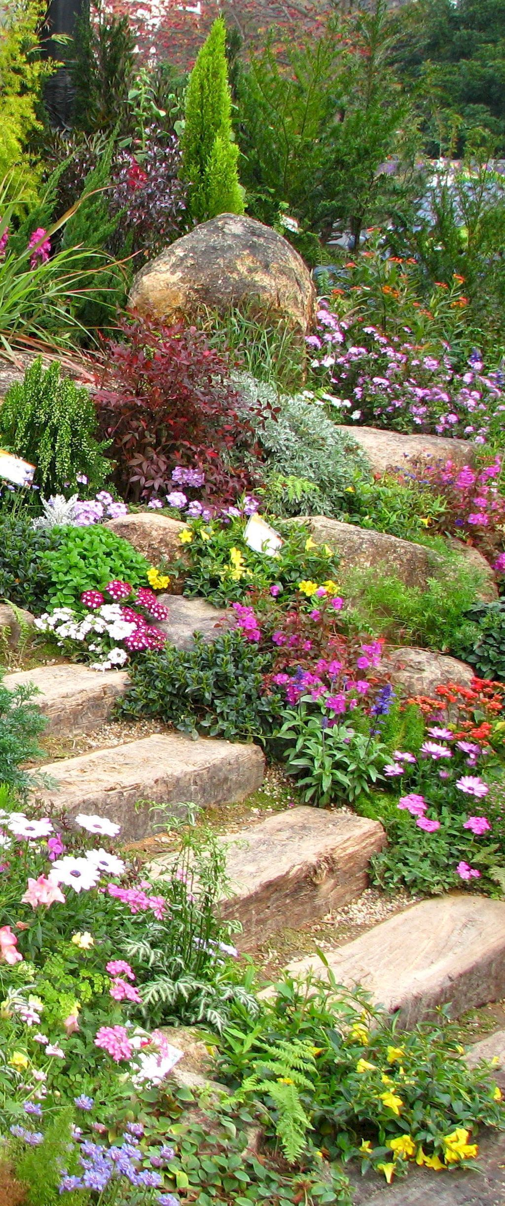 Beautiful front yard rock garden landscaping ideas (84) | Garten ...