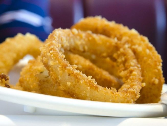 A 5 Star Recipe For Oven Fried Onion Rings Made With Onions Buttermilk Cooking Spray Al Comfort Food Recipes Casseroles Fries In The Oven Onion Rings Recipe