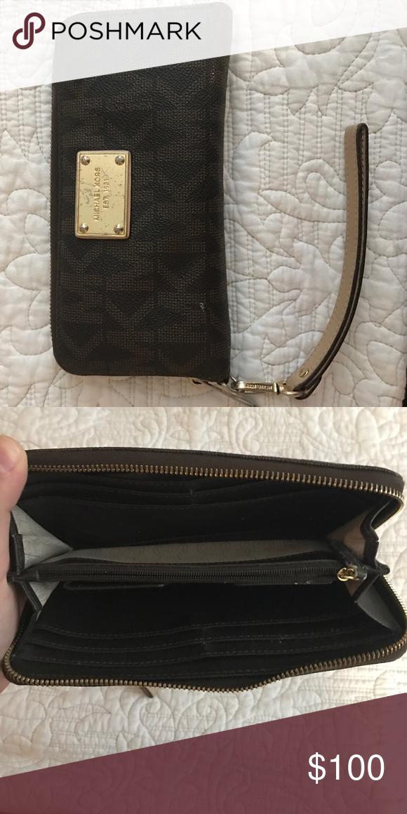 0645bc050b19 ... jet set travel mk signature slim bifold wallet in black; michael kors  wallet wristlet style mk wallet 100 authentic ...