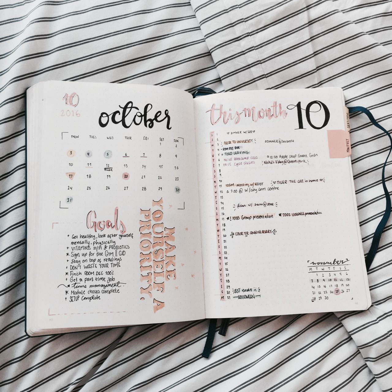 currently reading 18 10 october autumn yellowthis months spread has bullet journal. Black Bedroom Furniture Sets. Home Design Ideas