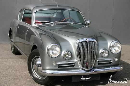 1954 Lancia Aurelia GT B20 S IV. Forget the limo I want to rent a vintage car #thefleamarket.eu