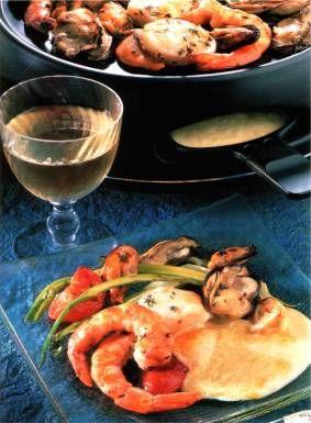 Raclette de fruits de mer Raclette, Fondue, Shellfish Recipes, Food And  Drink,
