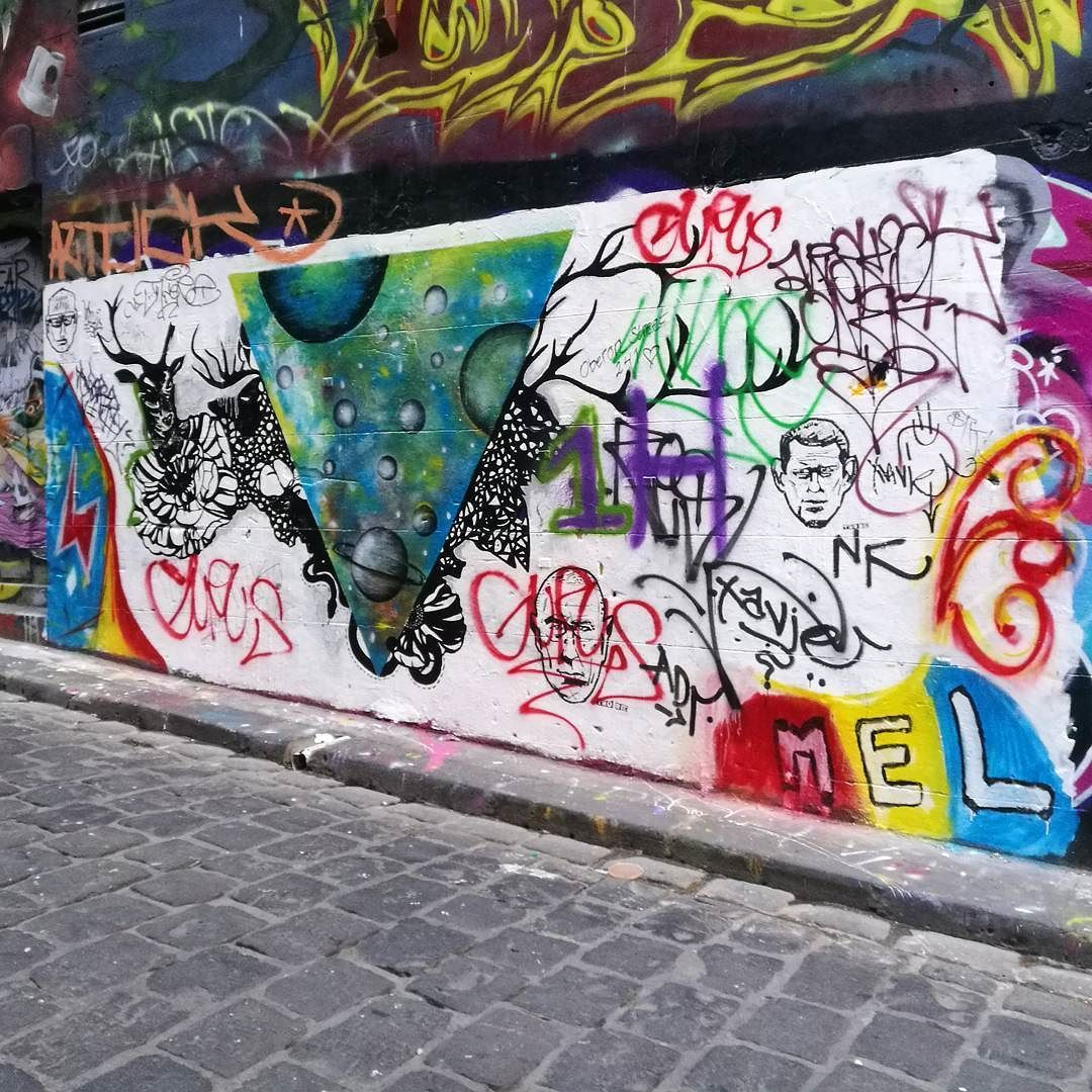 As time goes by #hosierlane #hosier1017  #melbourne #hosierla #hosierlanemelbourne #melbournephotographer #melbournelaneways #melbourneiloveyou #melbournecity #aroundmelbourne  #melbourneartist #melbournecbd #ig_graffiti  #ig_australia #ig_victoria #insta