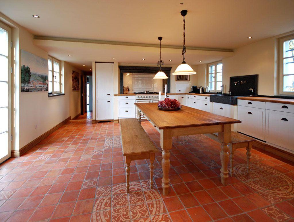 fachwerkhaus rustikales auf die elegante art altbau. Black Bedroom Furniture Sets. Home Design Ideas