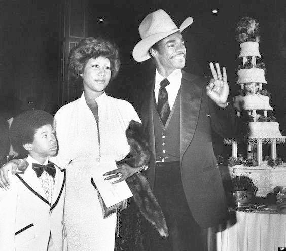 Vintage Celebrity Wedding Photos In 2020 Celebrity Wedding
