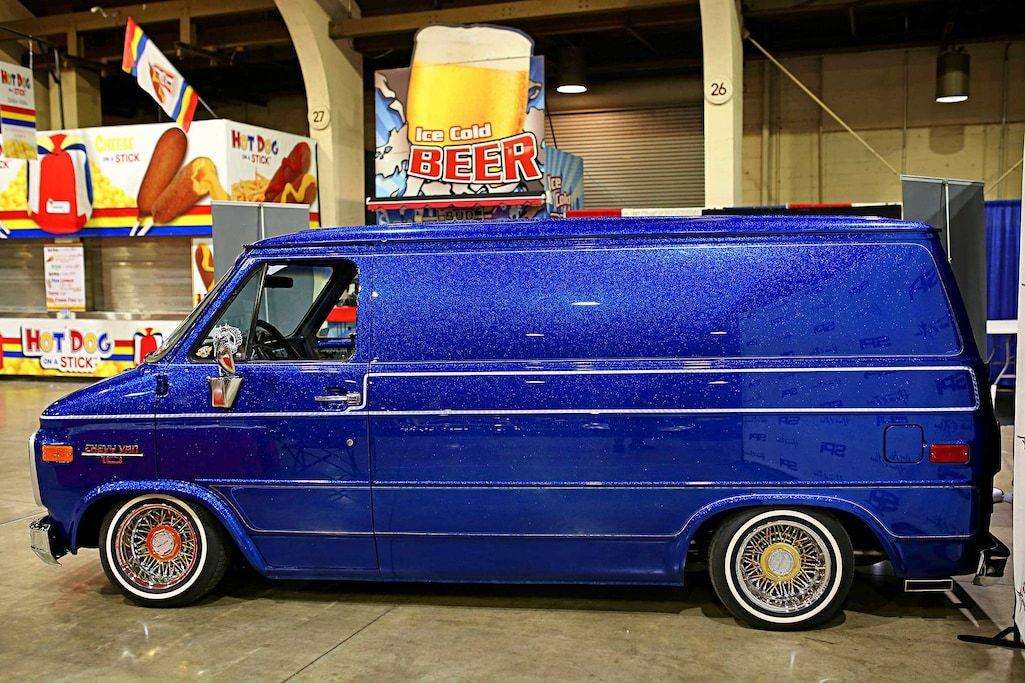 1989 Chevy Van 10 Gnrs 19 Spotlight Chevy Van Chevy Vans