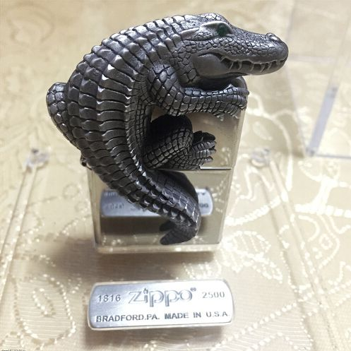 2015 Collectible 3D Crocodile Emblem Zippo Lighter Limited Edition
