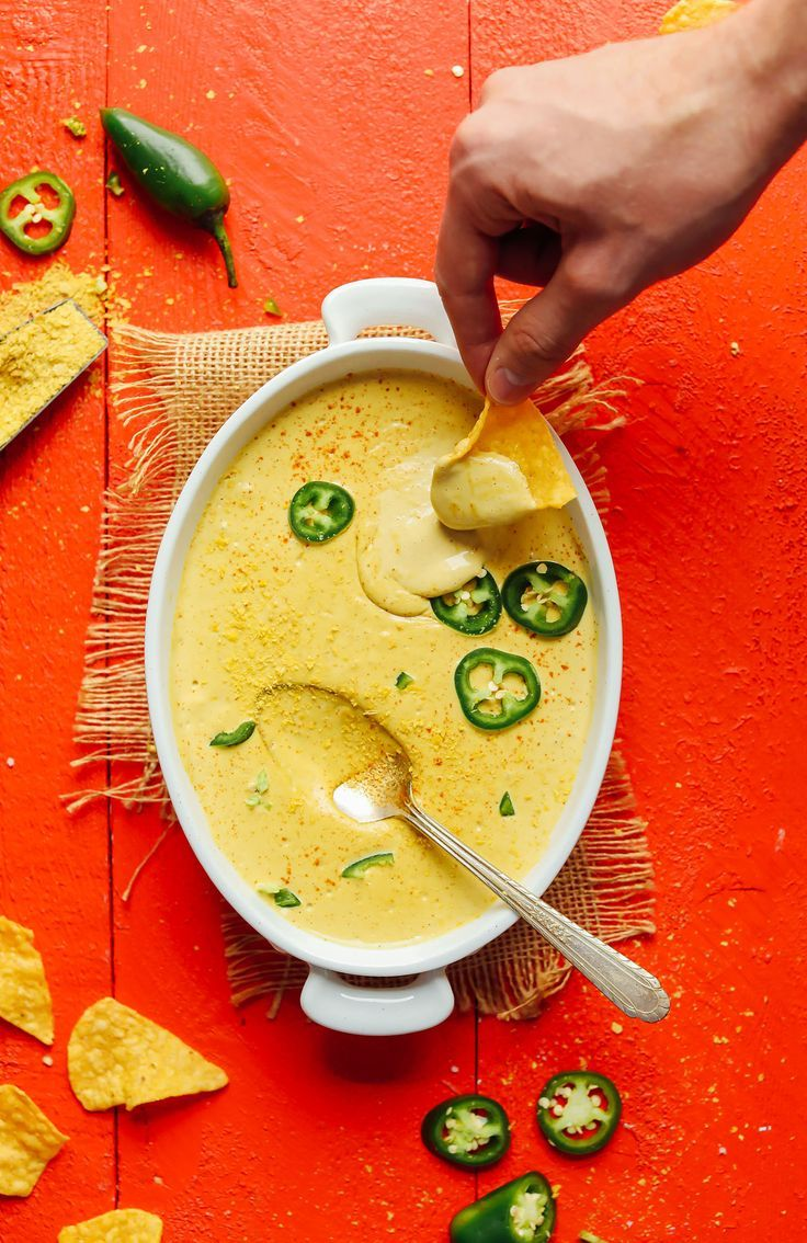 Roasted Jalapeño Vegan Queso 7 Ingredients