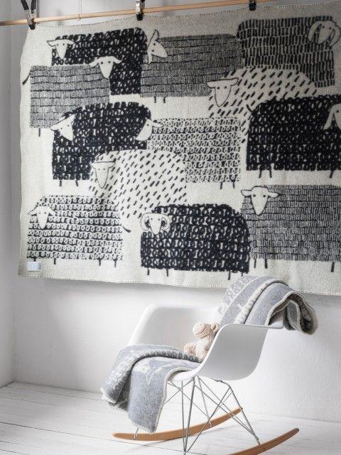 WEBRafa-kids_wool blanket_Sheep black03
