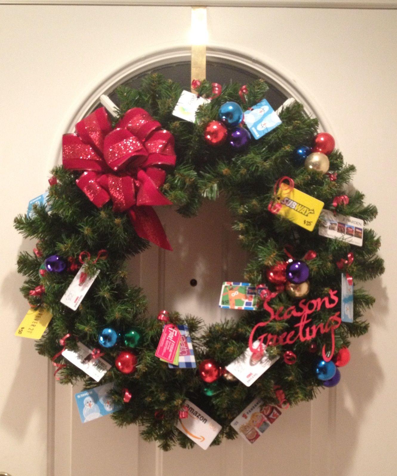 Gift Card Wreath For Needy Family Love It Gift Ideas Pinterest