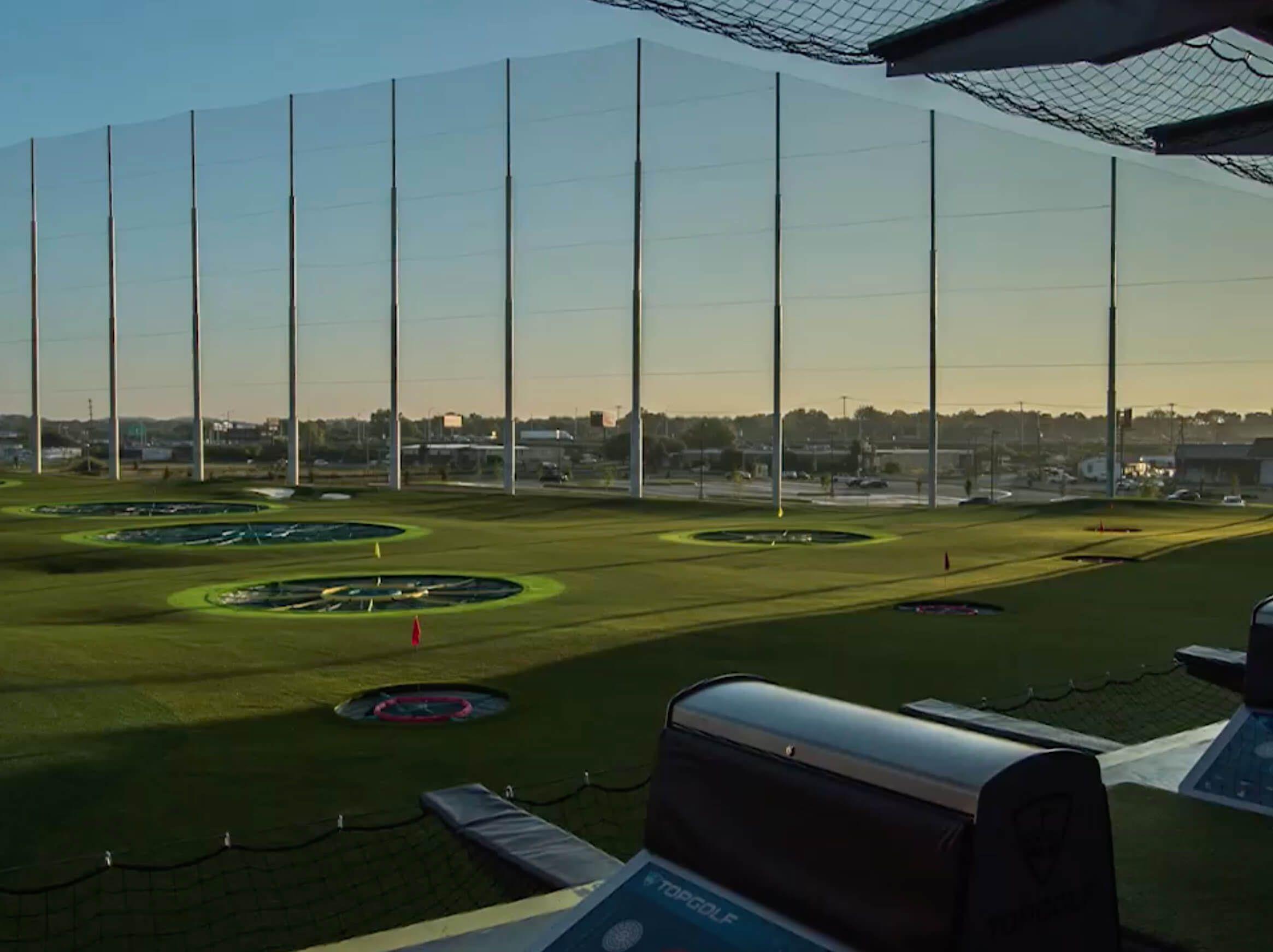 Topgolf: Golf, Party Venue, Sports Bar & Restaurant