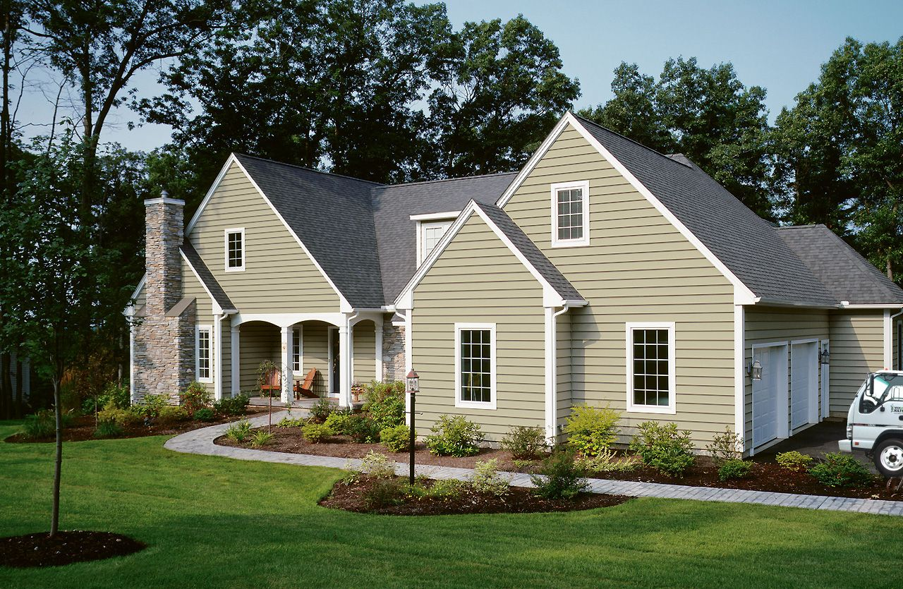 Light Green Vinyl Siding On Contemporary Home Beautiful Homes