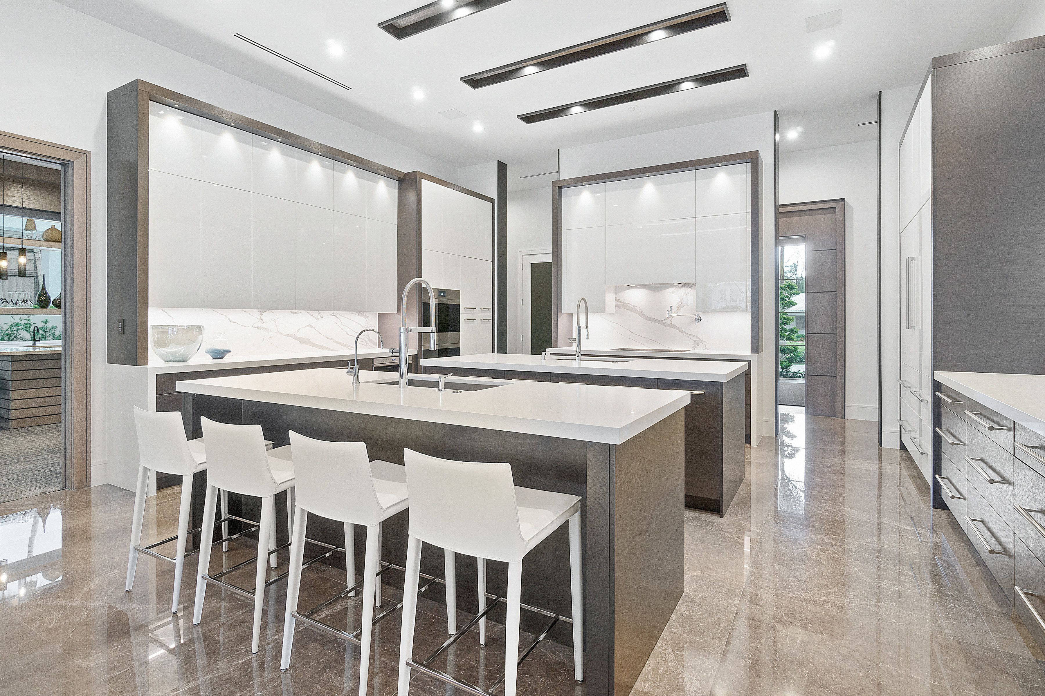 Pin by Rstark on Kitchen   Interior, Florida design, Home ...
