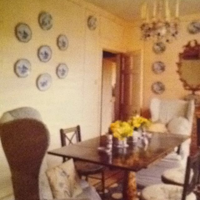 coach house interiors. Nancy Lancaster  the tiny but charming dining room at Coach House