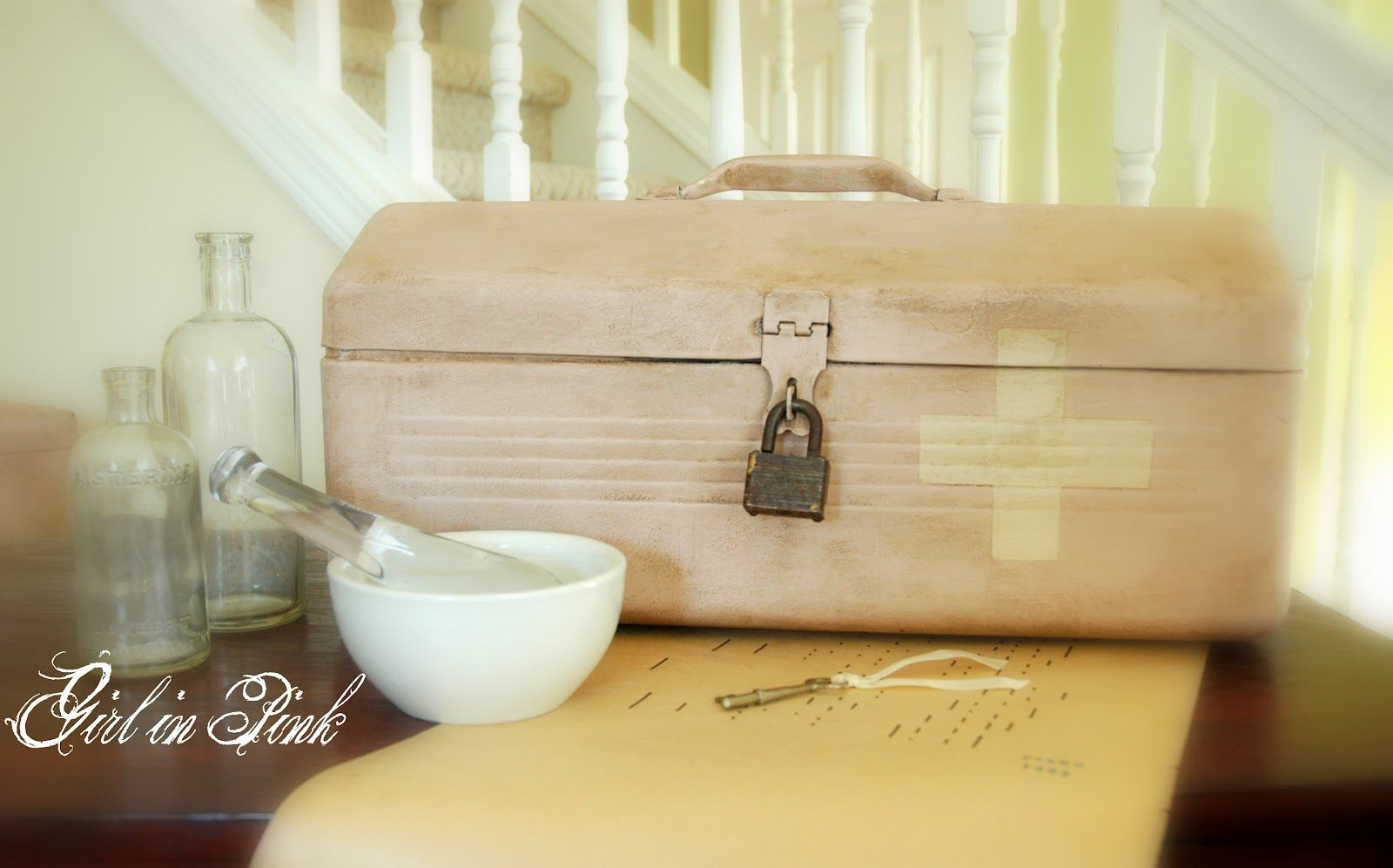 Toolbox turned chic first aid box with Antoinette, Old White and Dark Wax