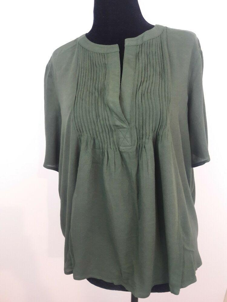 7ef2a758dbb8c Old Navy Women s Top Size Large Blouse Green Short Sleeve V Neck NWT   OldNavy