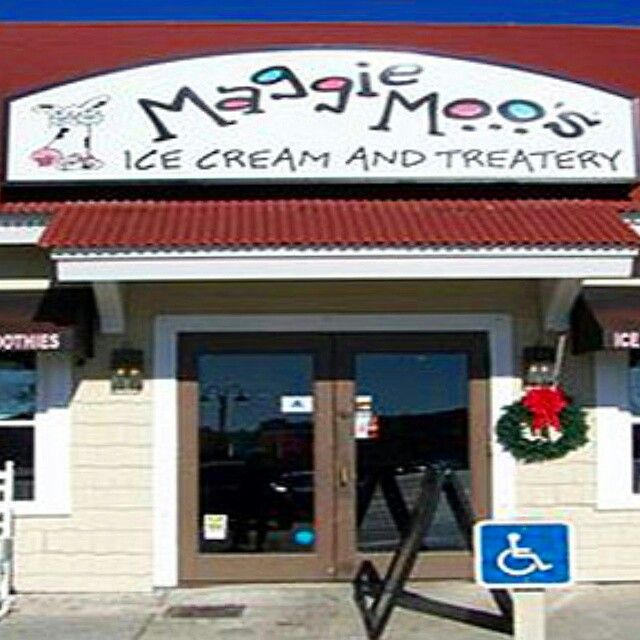 Maggie Moo S Ice Cream And Treatery Is Located In Barefoot Landing Myrtle Beach Sc Premium