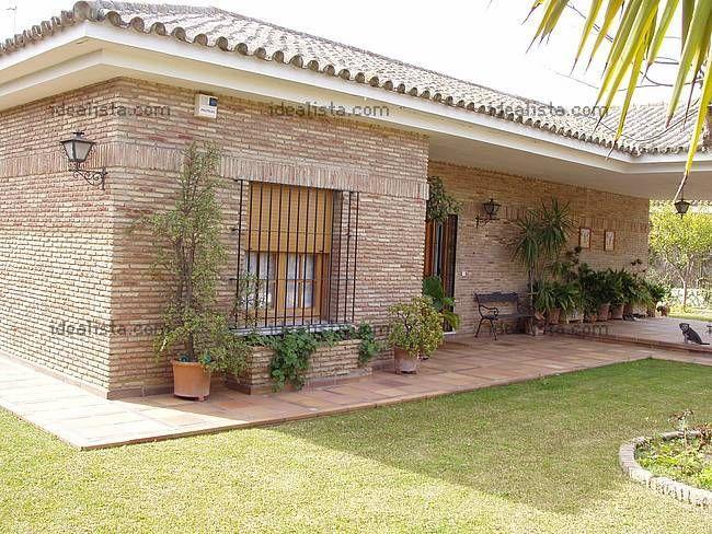 fachada en chalet de jerez de la frontera jardines soñados